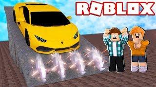DESTRUI O CARRO DO MEU AMIGO !! - Roblox