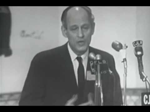 René Lévesque chante