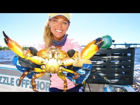 I CAUGHT CRABS! Crabbing in Florida!