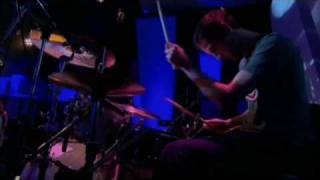 keane - somewhere only we know (live jools holland 2004)