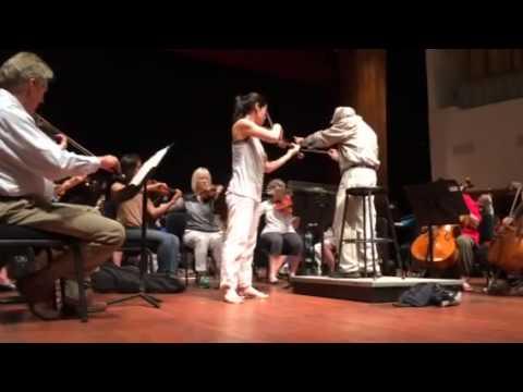 Jennifer Frautschi in Rehearsal with the San Luis Obispo Symphony