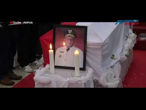 Prosesi Pemakaman Klemen Tinal | Bupati Puncak Beberkan Penyebab Wafatnya Wakil Gubernur Papua