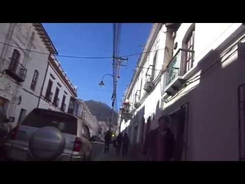 Caminando por Sucre-Bolivia