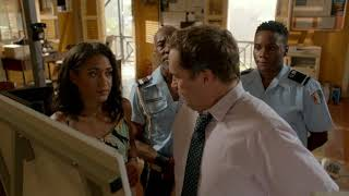 DEATH IN PARADISE S7 149 30