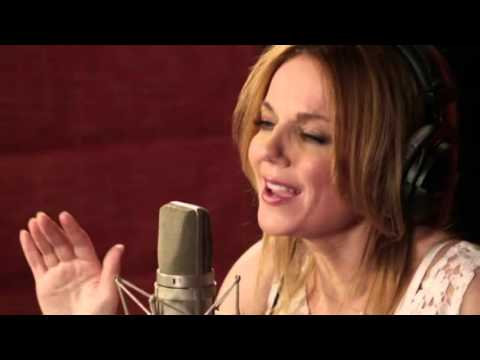 Geri Halliwell - Half Of Me (Sony Music Australia Studio Version)