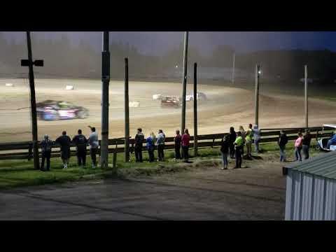 Merritt Speedway b-mod feature