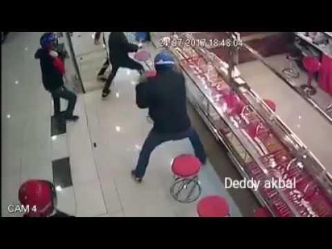 Aksi terbodoh pencuri sepanjang masa tak ada satupun mampu di curi