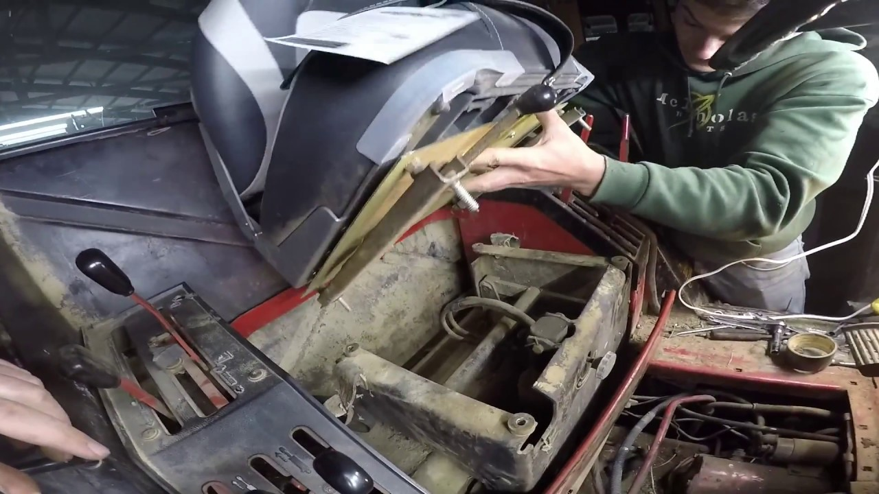 1086 Ih Interior : Ih torque amplifier and new seat youtube