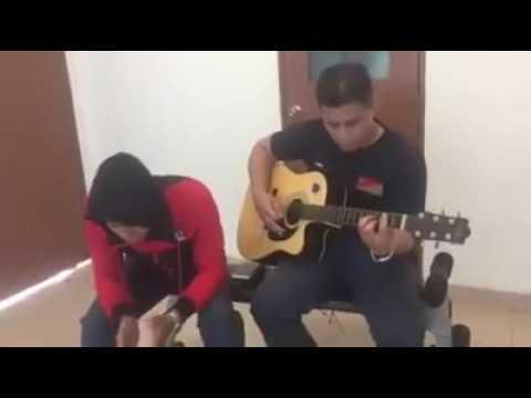 Lagu Bunga Emas Cover by Anak Saleem Iklim