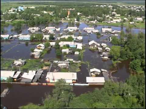 г. Зея, Амурская область, сброс воды на Зейской ГЭС 2007 г.