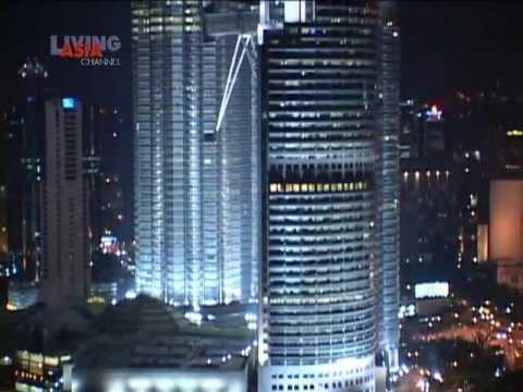 Kuala Lumpur: Twins of Light