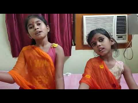 Two sisters presenting ,, Ram Katha.👌👌. #Ramayana🙏🙏 . Follow the expressions..