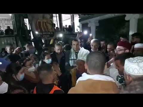 Download MOUMOUH n Tasaft chez NA ALDJIA MATOUB paix à son âme
