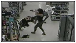 Fight Inside Walmart Store Turns Into Shooting | CCTV | United States | 20190705