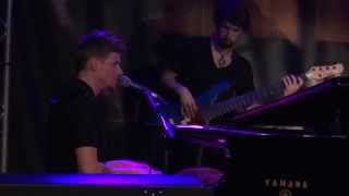 Jarrod Lawson - Soul Sista (Tribute to Bilal) {Live @ New Morning, Paris, April 08th 2015}