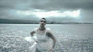 Sinead O'Connor - No Man's Woman