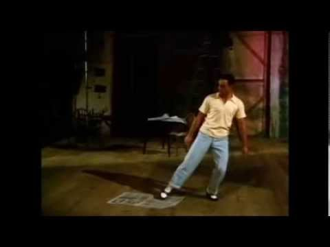 Newspaper Dance (Gene Kelly) - Love and Laughter