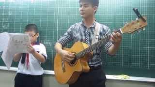 Acousstic Bà Tôi Danh Hài Trường Giang 5C :))