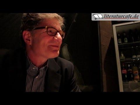 Interview mit Roger Willemsen über sein Buch Momentum