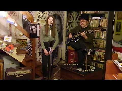 Kiesza - Hideaway - Acoustic Cover - Jasmine Thorpe & Danny McEvoy