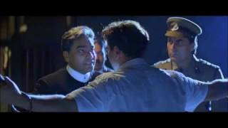 Sunny Deol thashes Ashutosh Rana and breaks the jail