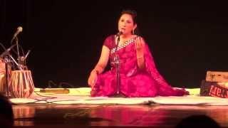 Bahut Der Se Darr Pe Ankhen Lagi Theen by Simrat Chhabra