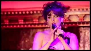 "Bow Down! See ""Matilda"" Queen Lesli Margherita Get 'Toxic' at 54 Below"