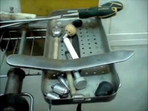 У каждого мастера PDR есть самодельный инструмент.