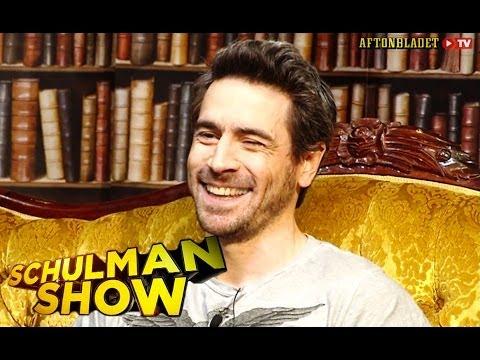 Ola Rapace i Schulman Show