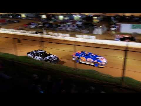 4cyl main at Laurens Speedway 8/11/18