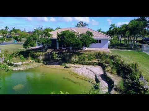 redland-retreat-●-29710-sw-183-court-●-homestead,-florida-●-33030