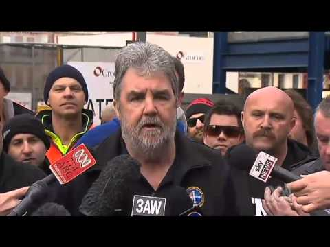 Union blockade turns ugly at a Melbourne building site