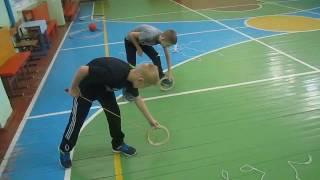 Необычные упражнения на уроке физкультуры