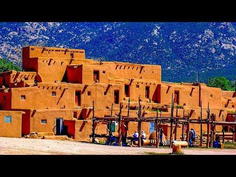 A Walk Around The Pueblo De Taos, New Mexico