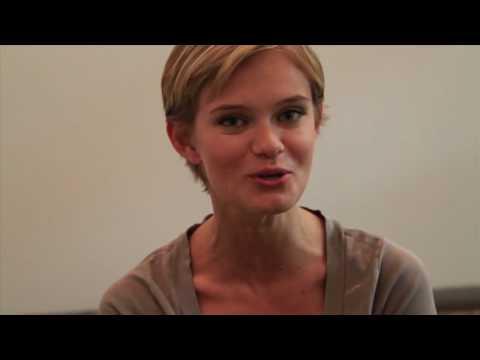 The Beautiful Life: TBL - Sara Paxton