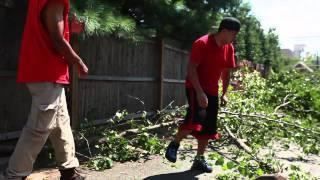 Neighbors helping neighbors after the storm
