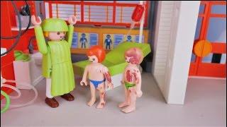 Wypadek na basenie i wizyta w szpitalu - Bajka po polsku Playmobil