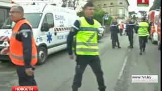 Страшное ДТП на юго-западе Франции(Неподалеку от города Либурна автобус, в котором ехали пенсионеры, столкнулся с грузовиком. Погибли 42 челове..., 2015-10-23T10:12:52.000Z)