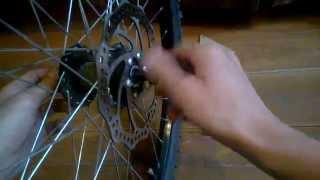 Заднее колесо велосипеда. Смазка подшипников. Настройка колеса(Как вытащить втулку заднего колеса велосипеда, смазать подшипники и настроить контргайки, чтобы колесо..., 2014-06-14T13:29:03.000Z)