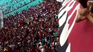 Torcedor Alberto Neto nos mandou a Torcida cantando no jogo Flamengo x Bahia em Salvador! thumbnail
