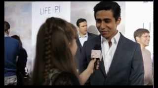 Morgan Interviews Suraj Sharma on the Life of Pi Red Carpet
