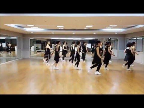 Summer Night Kiss Line Dance(Intermediate Level)