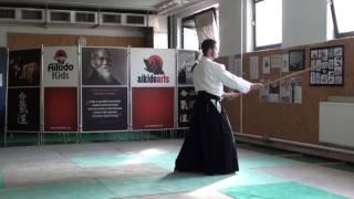 zengo no ido tsuki jodan gaeshi [TUTORIAL] Aikido advanced weapon technique