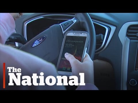 Quebec pushes for tougher distracted driving laws