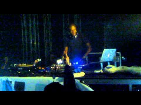 dj murphy live@ liberty white_Gent_Belgium_5-2-2011HQ