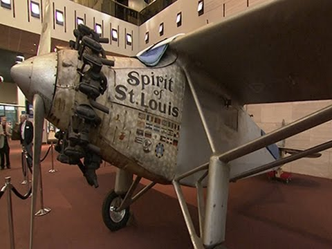 'Spirit of St. Louis' Taken Down for Repairs - YouTube