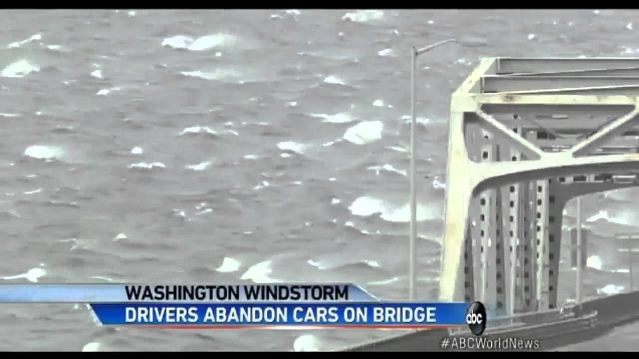 US Seattle Powerful Windstorm Closes Floating Bridge ...