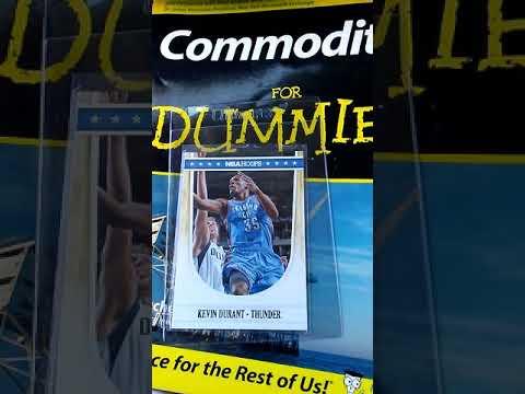 2011 NBA Hoops Oklahoma City Thunder #170 Card Kevin Durant still a Commodity Card.