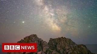 Coronavirus: Escaping to space in lockdown - BBC News
