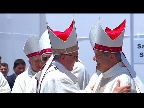 euronews (in English): Pope's defence of Chilean bishop draws stinging rebuke from Cardinal